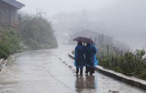 В то время, когда в России зима, на севере Вьетнама - сезон дождей