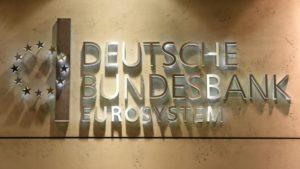 Deutsche Bundesbank, также используется название Бундесбанк или Дойче Бундесбанк) центральный банк Германии