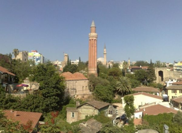 Мечеть Йивли (Аладдина)