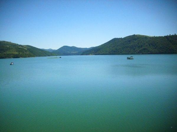 Златарское озеро (озеро Кокин брод) – третье по величине в Сербии