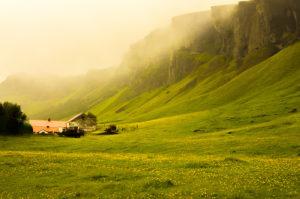 Летом в Исландии красиво