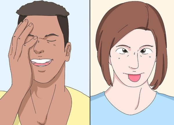 Обратите внимание на излишнее хихиканье или глупое поведение