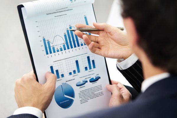 По закону, 51% акций бизнеса необходимо оформить на тайца