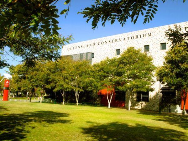 University of Queensland имеет высокий уровень преподавания таких наук, как архитектура, инженерия, медицина