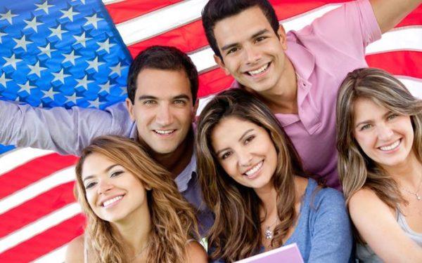В США есть много языковых курсов для иностранцев