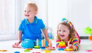 Дети, рожденные от союза двух черногорцев автоматически получают гражданство Черногории