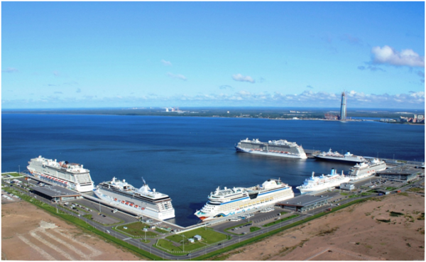 Морской пассажирский порт в Санкт-Петербурге