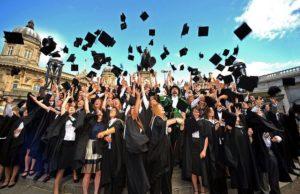В Италии студенты проходят через 3 сессии