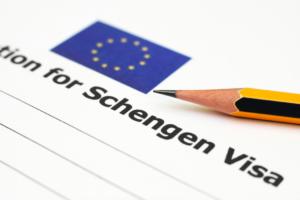 В большинстве случаев заявки на получение визы обрабатываются в течение 15 дней