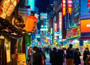 Японцы могут работать 15-18 часов в день без перерыва на обед